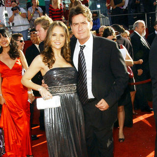 Brooke Mueller, Charlie Sheen in 60th Primetime EMMY Awards - Arrivals