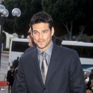Eddie Cibrian in 2000 ALMA Awards - Arrivals