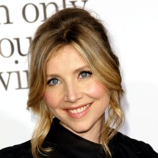 "Sarah Chalke in ""Zack and Miri Make a Porno"" Hollywood Premiere - Arrivals"