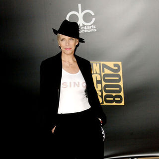 Annie Lennox in 2008 American Music Awards - Arrivals