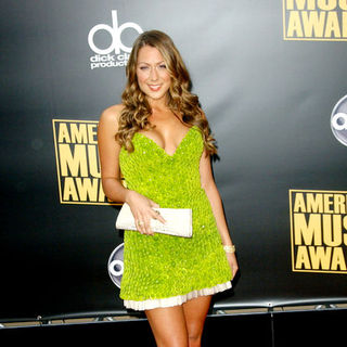 Colbie Caillat in 2008 American Music Awards - Arrivals