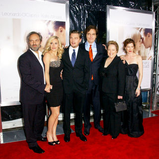 "Sam Mendes, Kate Winslet, Leonardo DiCaprio, Michael Shannon, Kathy Bates, Kathryn Hahn in ""Revolutionary Road"" World Premiere - Arrivals"