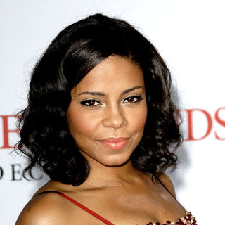 "Sanaa Lathan in ""Seven Pounds"" Los Angeles Premiere - Arrivals"