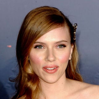 "Scarlett Johansson in ""The Spirit"" Hollywood Premiere - Arrivals"