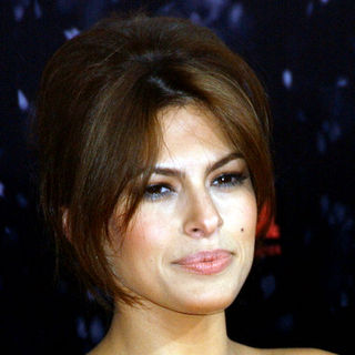 "Eva Mendes in ""The Spirit"" Hollywood Premiere - Arrivals"