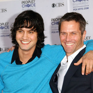 Michael Steger, Rob Estes in 35th Annual People's Choice Awards - Arrivals