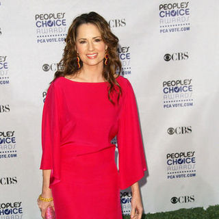 Paula Marshall in 35th Annual People's Choice Awards - Arrivals