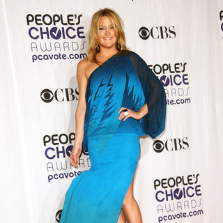 Kate Hudson in 35th Annual People's Choice Awards - Press Room