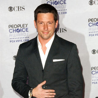 Ross McCall in 35th Annual People's Choice Awards - Arrivals - ALO-051074