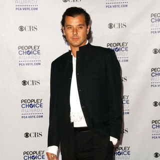 Gavin Rossdale in 35th Annual People's Choice Awards - Arrivals