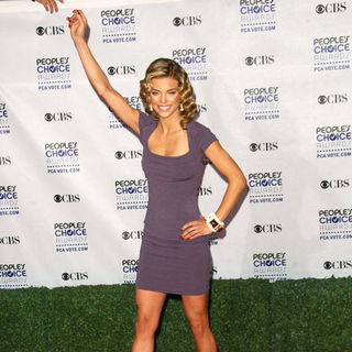 AnnaLynne McCord in 35th Annual People's Choice Awards - Arrivals