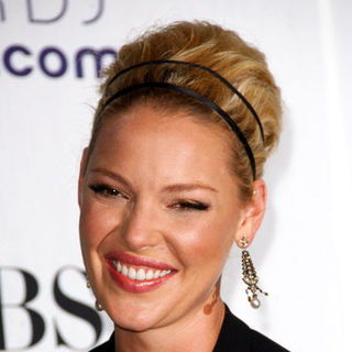 Katherine Heigl in 35th Annual People's Choice Awards - Press Room