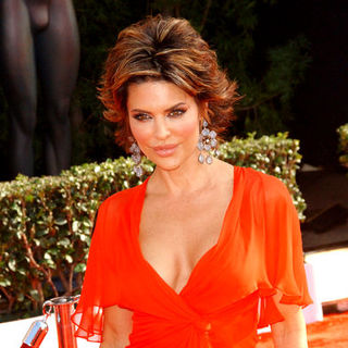 Lisa Rinna in 15th Annual Screen Actors Guild Awards - Arrivals