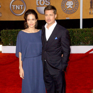 Angelina Jolie, Brad Pitt in 15th Annual Screen Actors Guild Awards - Arrivals