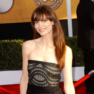 Saffron Burrows in 15th Annual Screen Actors Guild Awards - Arrivals