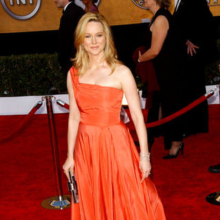 Laura Linney in 15th Annual Screen Actors Guild Awards - Arrivals