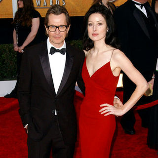 Gary Oldman, Alex Edenborough in 15th Annual Screen Actors Guild Awards - Arrivals
