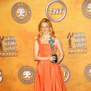 Laura Linney in 15th Annual Screen Actors Guild Awards - Press Room
