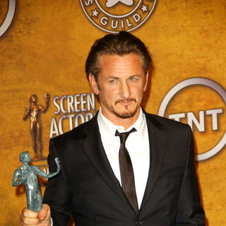 Sean Penn in 15th Annual Screen Actors Guild Awards - Press Room