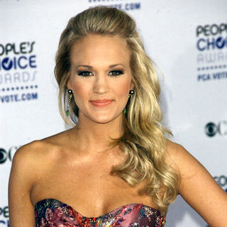 Carrie Underwood in 35th Annual People's Choice Awards - Arrivals