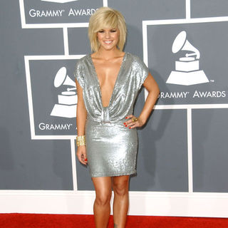 Kimberly Caldwell in The 51st Annual GRAMMY Awards - Arrivals - ALO-056857