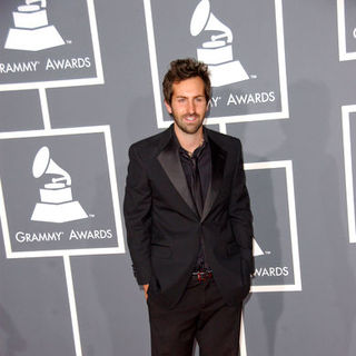 Josh Kelley in The 51st Annual GRAMMY Awards - Arrivals