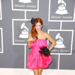 Phoebe Price in The 51st Annual GRAMMY Awards - Arrivals