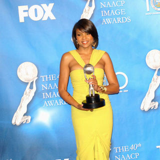 Taraji P. Henson in 40th NAACP Image Awards - Press Room