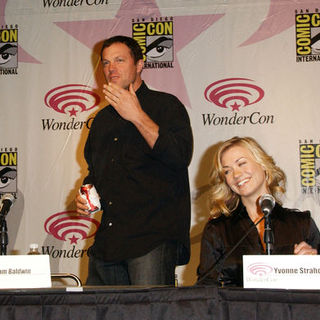 Adam Baldwin, Yvonne Strahovski in Wonder Con - Day 3