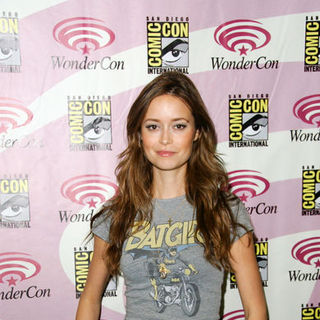 Summer Glau in Wonder Con - Day 3