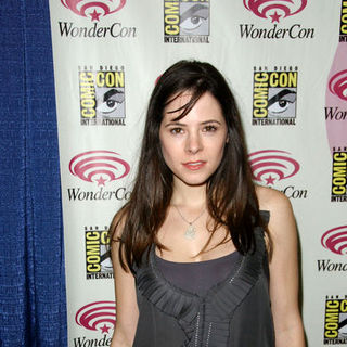 Elaine Cassidy in Wonder Con - Day 3