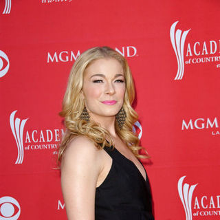 LeAnn Rimes in 44th Annual Academy Of Country Music Awards - Arrivals