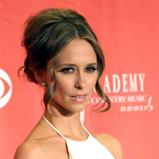 Jennifer Love Hewitt in 44th Annual Academy Of Country Music Awards - Press Room