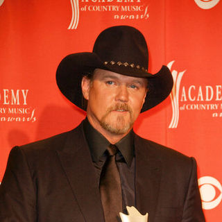 Trace Adkins in 44th Annual Academy Of Country Music Awards - Press Room