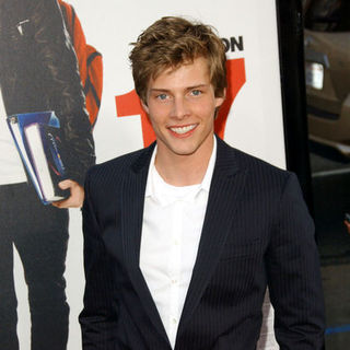 "Hunter Parrish in ""17 Again"" Los Angeles Premiere - Arrivals"