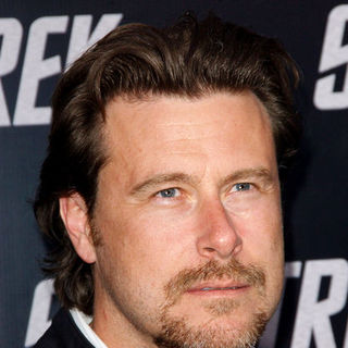 "Dean McDermott in ""Star Trek"" Los Angeles Premiere - Arrivals"
