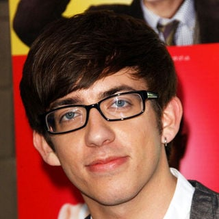 "Kevin McHale in ""Glee"" Los Angeles Premiere Event - Arrivals"