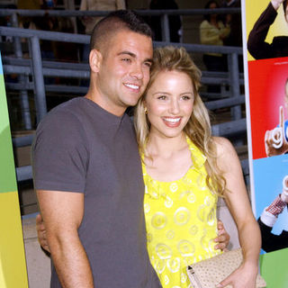 "Dianna Agron, Mark Salling in ""Glee"" Los Angeles Premiere Event - Arrivals"