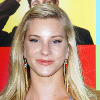 "Heather Morris in ""Glee"" Los Angeles Premiere Event - Arrivals"
