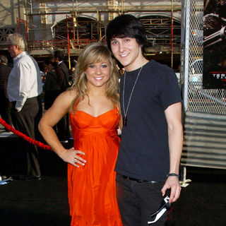 "Shawn Johnson, Mitchel Musso in ""Terminator Salvation"" Los Angeles Premiere - Arrivals"