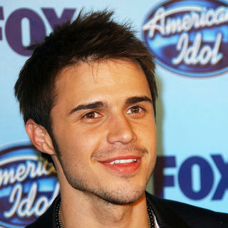 Kris Allen Photos