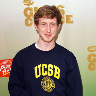 Asher Roth in 2009 SpikeTV's Guy's Choice Awards - Arrivals