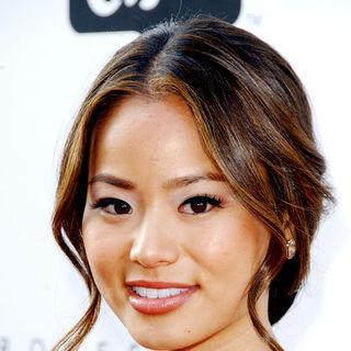 Jamie Chung in Hollywood Life's 11th Annual Young Hollywood Awards - Arrivals