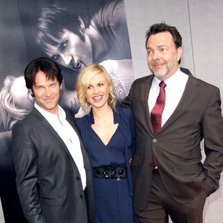 "Anna Paquin, Stephen Moyer, Alan Ball in HBO's ""True Blood"" Season Two Los Angeles Premiere - Arrivals"