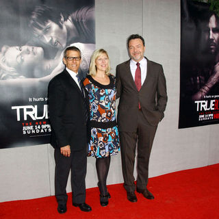 "Alan Ball, Michael Lombardo, Sue Naegle in HBO's ""True Blood"" Season Two Los Angeles Premiere - Arrivals"