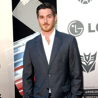 "Dave Annable in 2009 Los Angeles Film Festival - ""Transformers: Revenge of the Fallen"" Premiere - Arrivals"