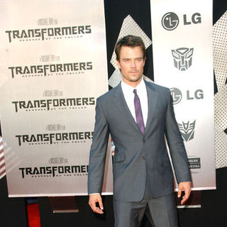 "Josh Duhamel in 2009 Los Angeles Film Festival - ""Transformers: Revenge of the Fallen"" Premiere - Arrivals"