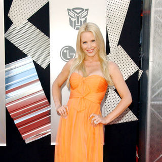 "Gena Lee Nolin in 2009 Los Angeles Film Festival - ""Transformers: Revenge of the Fallen"" Premiere - Arrivals"