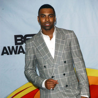 Ginuwine in 2009 BET Awards - Press Room