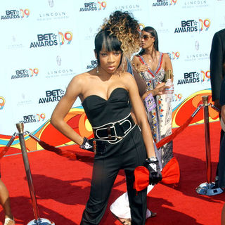 Lil Mama in 2009 BET Awards - Arrivals - ALO-074361